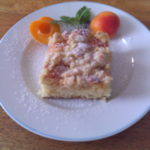 Schneller Marillenkuchen mit Streusel